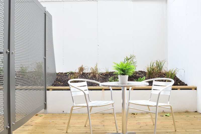Camden Apartments Roof Terrace Seating