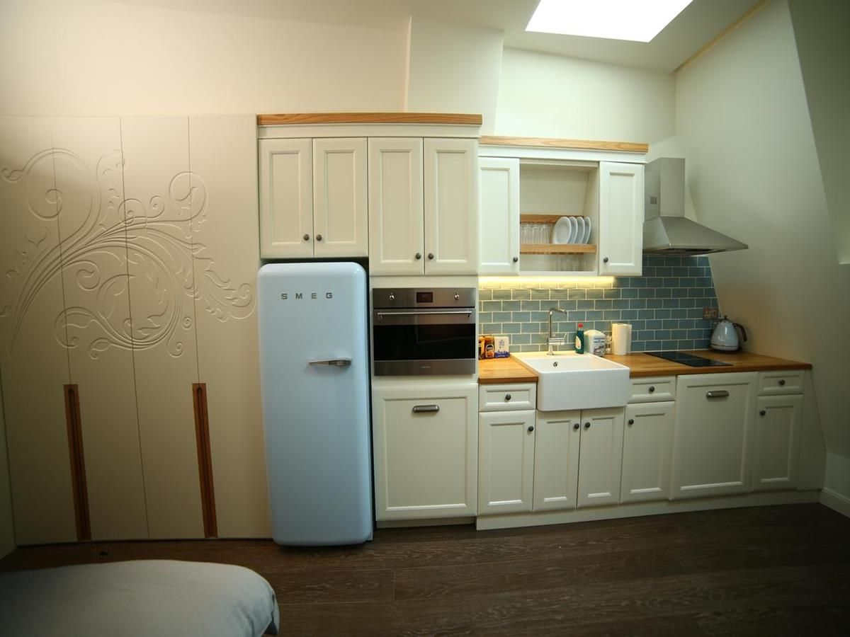 Studio Apartment Kitchen Area
